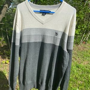 U.S. Polo Assn. White and Grey V Neck Sweater